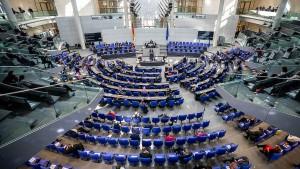 Bundestag stellt sich hinter Hilfspaket der Regierung