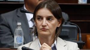 Serbiens künftige Regierungschefin lässt Kritiker abblitzen