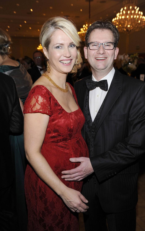 Semi-privat: 2015 beim Bundespresseball mit ihrem Mann Stefan Schwesig.