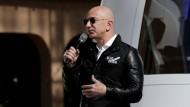 Jeff Bezos bei der Vorstellung seiner Rakete für Weltraumtouristen