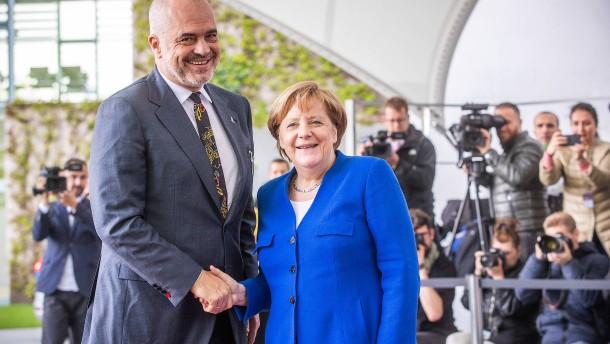 Albanien entzweit Union und SPD