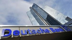 Deutsche Bank räumt mehr Geld für Rechtsstreite ein