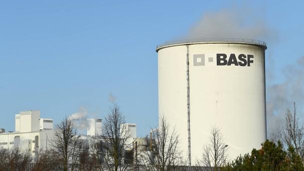 BASF verkauft Bauchemiegeschäft für mehr als drei Milliarden Euro