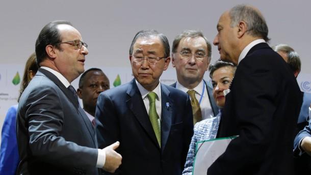 Hollande wirbt leidenschaftlich für Weltklimavertrag