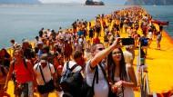 Christos Floating Piers übertreffen alle Erwartungen