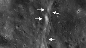 Überraschende Bewegungen auf dem Mond