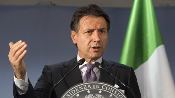 """Italiens Ministerpräsident verteidigt seinen """"schönen"""" Etatentwurf"""