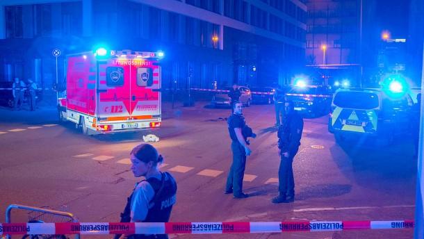 Polizist schießt im Frankfurter Bahnhofsviertel auf Angreifer