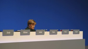 Unionspolitiker stellen sich gegen Merkels Position
