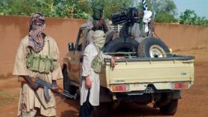 Ban empfiehlt Militäreinsatz in Mali