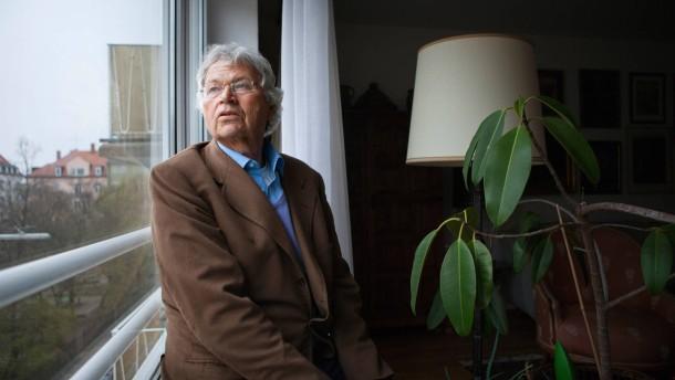 Gerhard polt wird 70 spa her und ernst beiseite for Ich suche wohnung in munchen