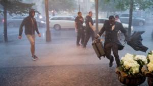 Feuerwehr in Berlin ruft Ausnahmezustand aus