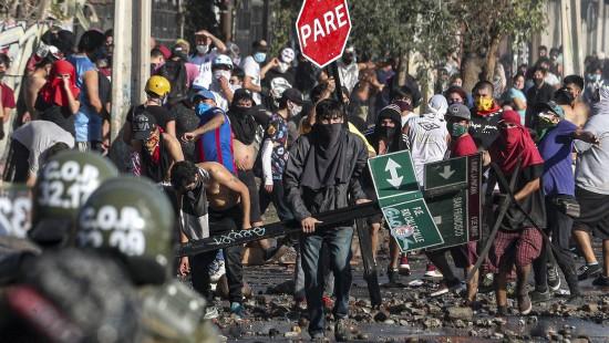 Krawalle in Chile wegen Corona-Beschränkungen