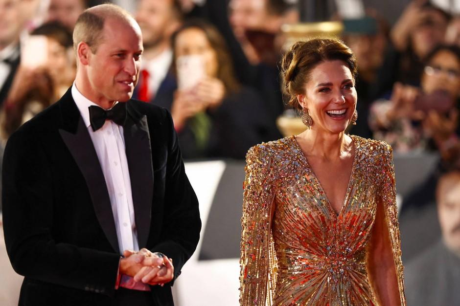 Kamen ebenfalls zur Premiere des letzten Craig-Bonds: Der britische Prinz William und seine Frau Catherine.