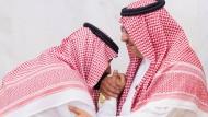 Familiensache: Muhammad bin Salman (links) ersetzt seinen Cousin Muhammad bin Nayef als Kronprinzen.