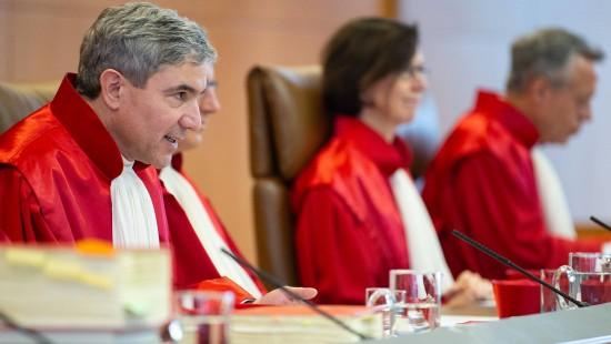 """""""Hartz-IV""""-Sanktionen konform mit Grundgesetz?"""