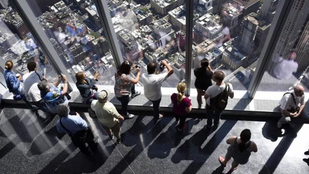 So sehen die ersten Besucher New York vom neuen World Trade Center