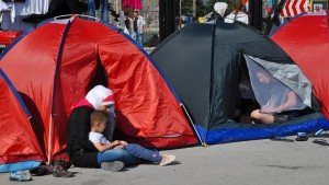 Tusk will Türkei nur bei sinkenden Flüchtlingszahlen entgegenkommen