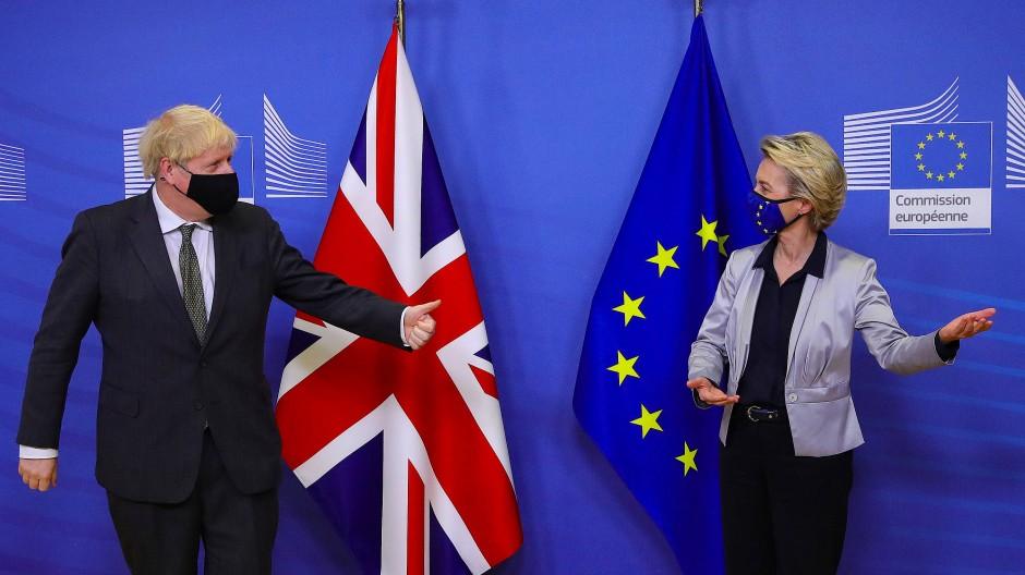 Extra in Brüssel – doch bisher ohne Erfolg: Großbritanniens Premierminister Boris Johnson mit Kommissionspräsidentin Ursula von der Leyen