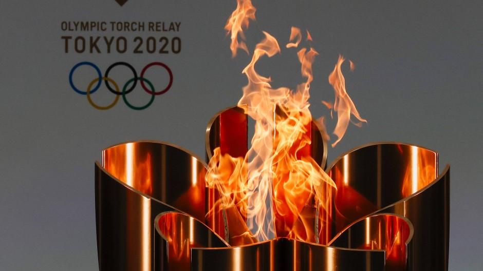 Das Olympische Feuer: Den Menschen in Osaka bleibt es verwehrt.