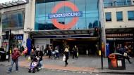 Brixton, im Süden von London. Hier leben viele junge Londoner aus allen Gesellschaftsschichten.