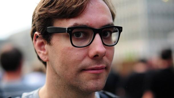 Internetaktivist sieht sich in Berlin von amerikanischem Geheimdienst verfolgt