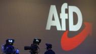 Die AfD steht derzeit wegen zunächst nicht gemeldeten Großspenden aus dem Ausland in der Kritik.