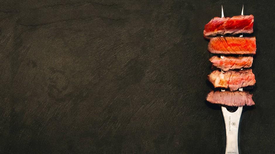 Jeden Tag Fleisch auf der Gabel? So kann es nicht weitergehen.