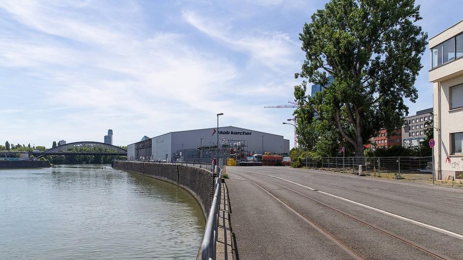 Das Grundstück im Frankfurter Osthafen ist für einen Neubau der Städtischen Bühnen im Gespräch.
