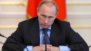 Die Pistole auf Russlands Brust