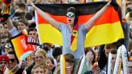 Deutsche Fans jubeln über Müller