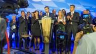 Ein bisschen freundlicher Applaus: Söder kommentiert das Wahlergebnis der CSU.