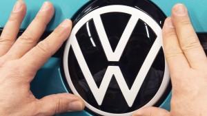 Nach Rekordgewinn steuert Volkswagen auf ein schwieriges Jahr zu