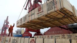 Chinas Exporte fallen im April unerwartet stark