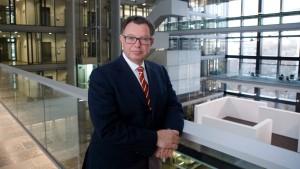 Der Börsen-Chef wünscht sich mehr deutsche Aktionäre