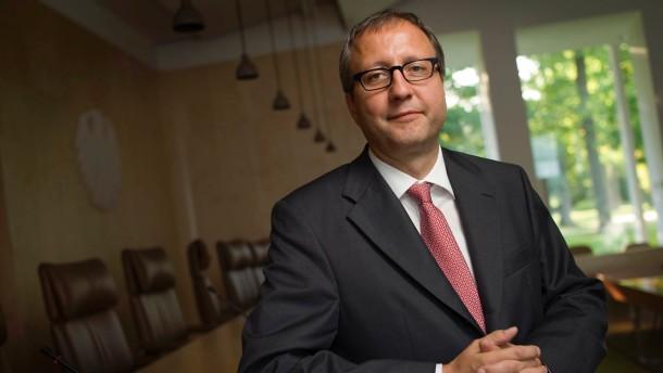 Andreas Vosskuhle - Der Präsident des Bundesverfassungsgerichts stellt sich in Karlsruhe den Fragen von Inge Kloepfer