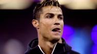 Cristiano Ronaldo soll dem Forbes-Magazine im vergangenen Jahr zufolge knapp 83 Millionen Euro verdient haben.