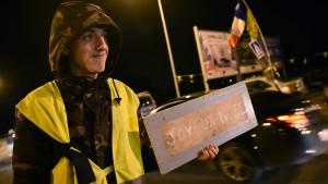"""""""Gelbwesten"""" demonstrieren an den Feiertagen weiter"""