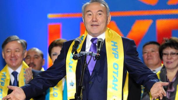 Nasarbajew-Partei siegt mit 80 Prozent