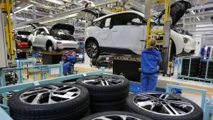 Trump erwägt härtere Umweltauflagen für Auto-Importe