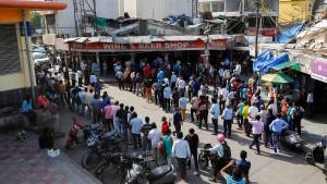 Indien kämpft mit einer Viertelmillion Neuinfizierten pro Tag