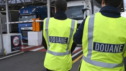 Zollkontrollen am Eurotunnel in Calais
