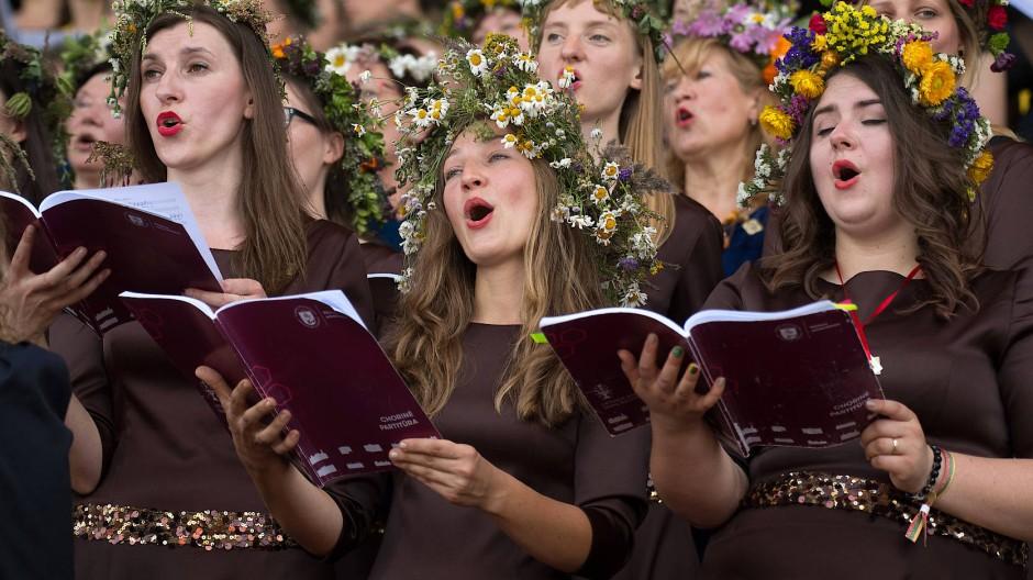 Auf das Sozialverhalten kommt es vor allem an: Chor beim traditionellen Liederfest in der litauischen Hauptstadt Vilnius