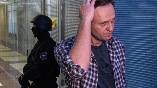 Russische Polizei will Nawalnyj befragen