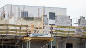 Niedrige Zinsen halten den Wohnungskauf attraktiv