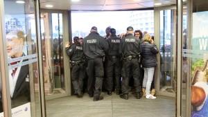 Arbeitsausstand sorgt in Hamburg für Chaos