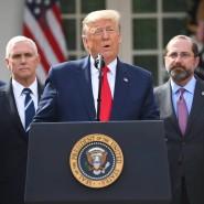 Donald Trump am Freitag vor dem Weißen Haus in Washington.