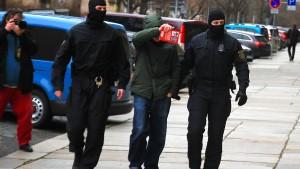 Mutmaßliche Mitglieder von Neonazikameradschaft in U-Haft