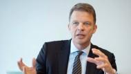 Christian Sewing will die Führungsetage der Deutschen Bank komplett umkrempeln.