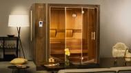 Abgefahren: Die Sauna als Schachtel im Wandschrank